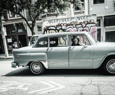 San Francisco • 2016…#vintagecar #vintagecars #graffiti #graffittiart #look_at_me #blackandwhite #blackandwhitephotography #blackandwhitephoto #55chevy #streetphotography #streetphoto #streetlife #streetphoto_bw #fineart_photobw