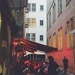 alleyway-diner