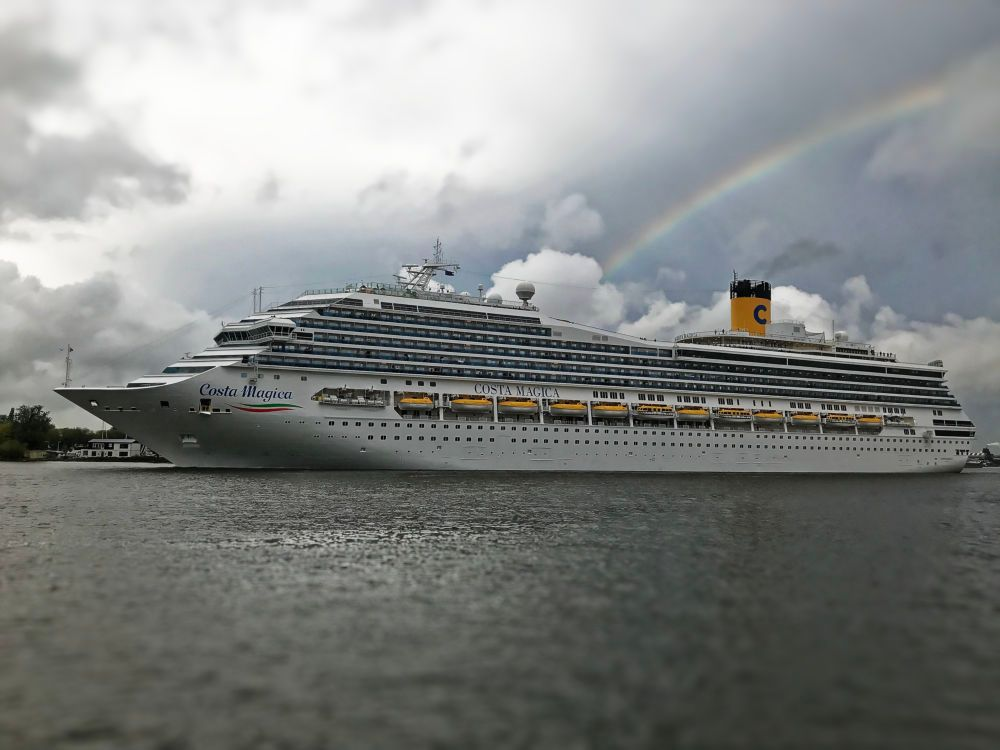 A cruise ship departs Amsterdam in Sep 2019