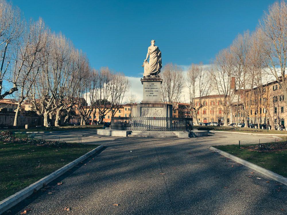 A park with a statue of Pietro Leopoldo I