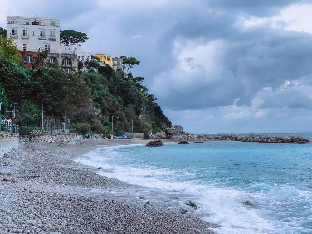 A beach near the Capri harbour
