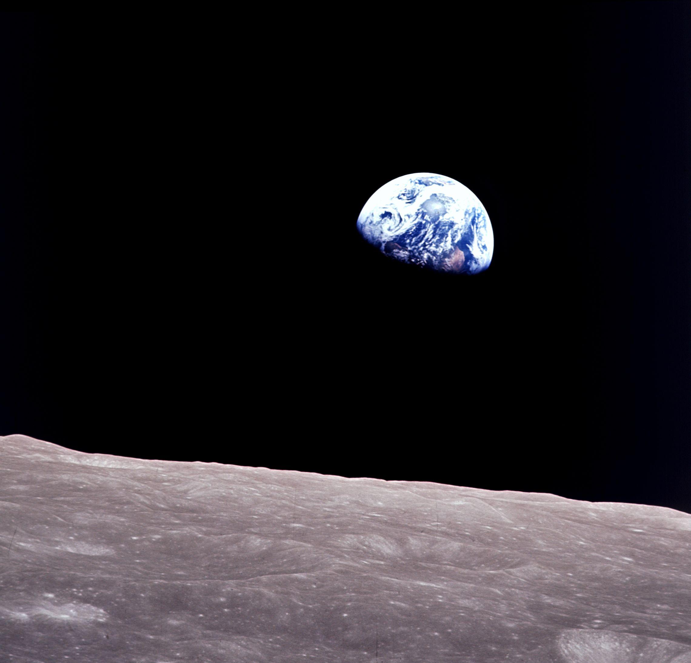 Apollo 8: Earthrise