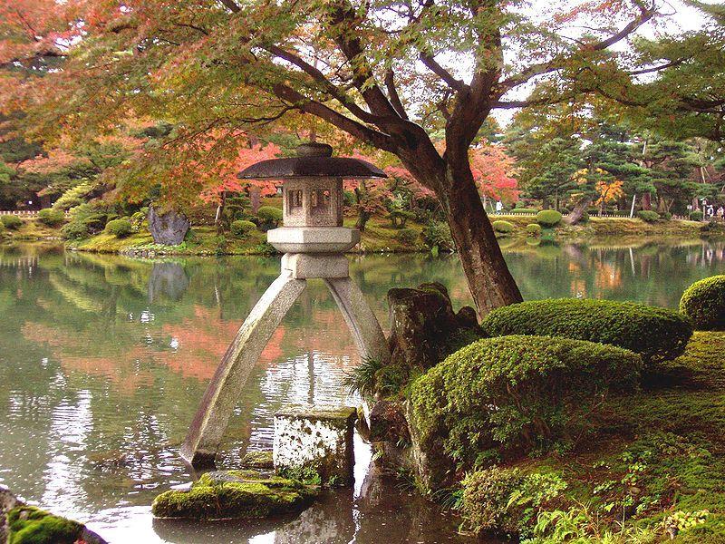 Kenrokuen Garden in Kanazawa. Photo by @Daderot
