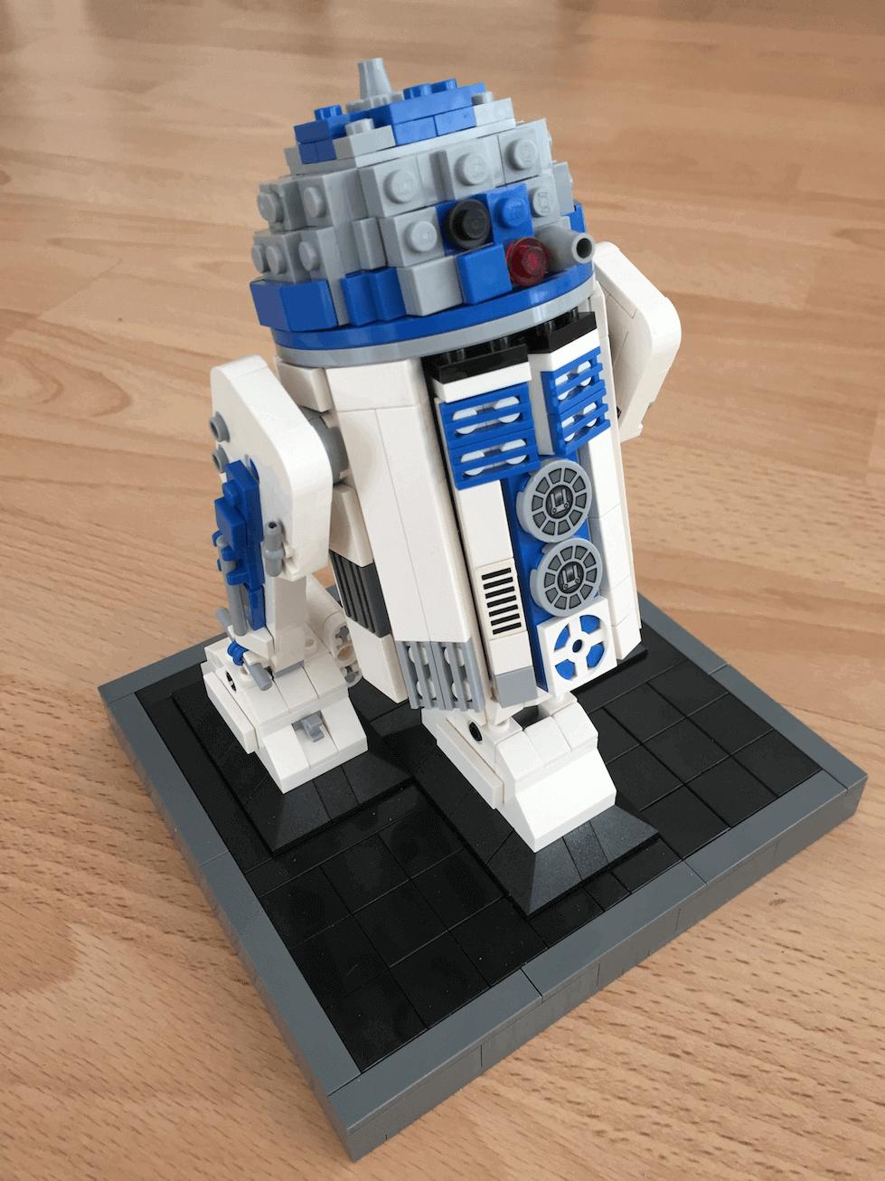 MOC-0493 - R2-D2