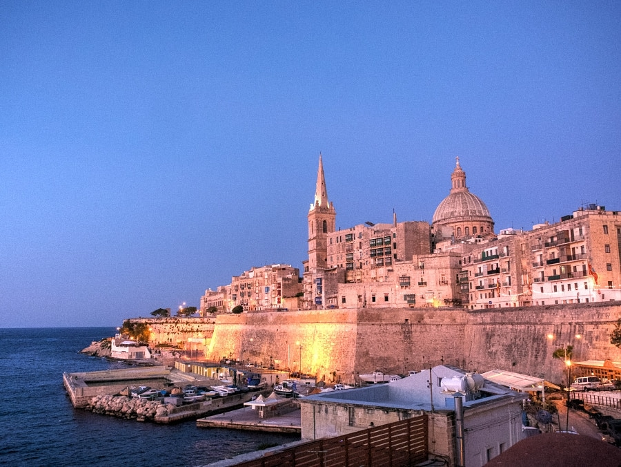 Photograph Valletta by Night by Des Paroz on 500px