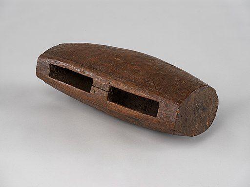 Slit Drum, Cameroon, Brücke-Museum Berlin, 65053, view b