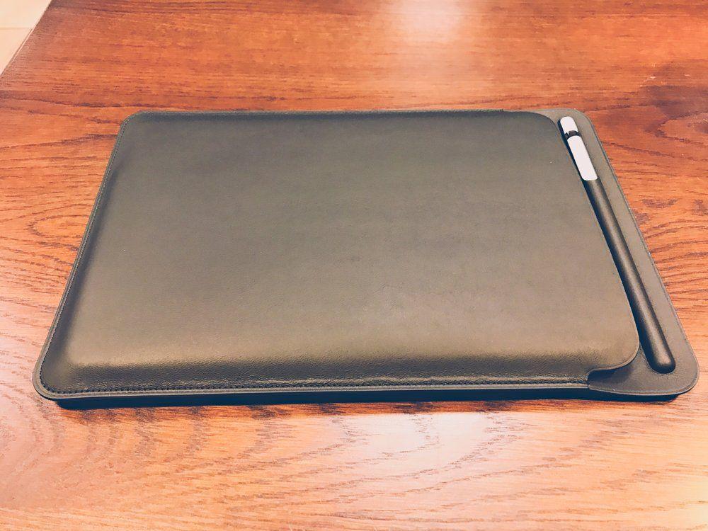 The leather sleeve + iPad Pro + leather sleev