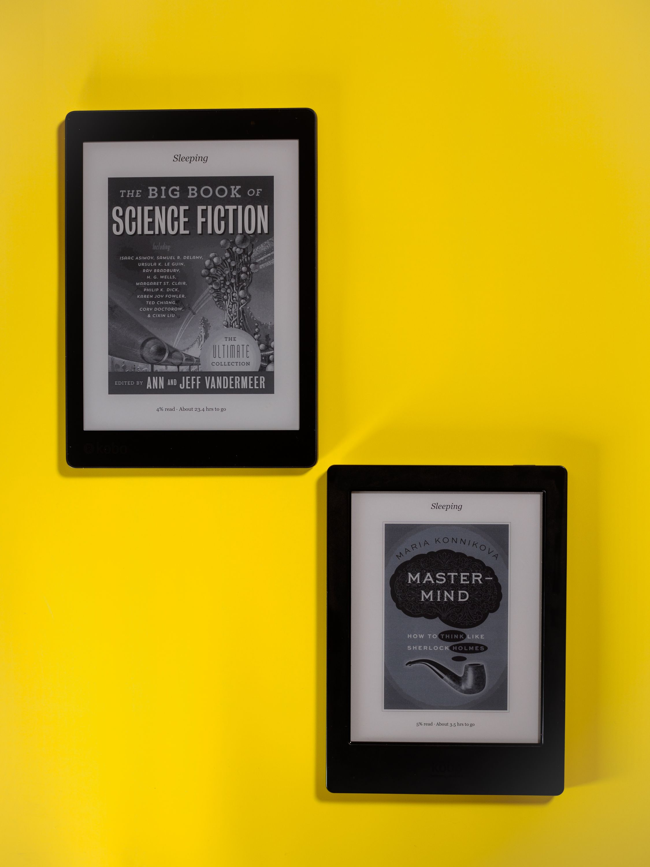 The Kobo Aura One (top left) features a larger screen, but thinner bezels and less weight than its predecessor, the H2O (bottom right).