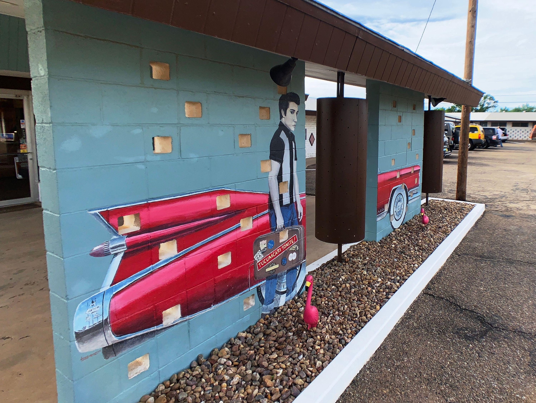 Tucumari Tonight! A mural at Motel Safari in Tucumari, NM