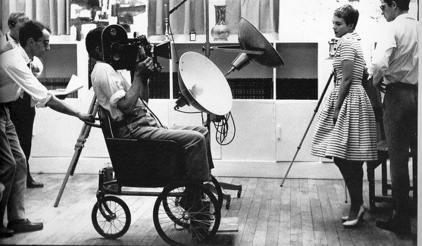 Fotografía de Raymond Cauchetier tomada durante el rodaje de 'À bout de souffle' de Jean-Luc Godard en 1959