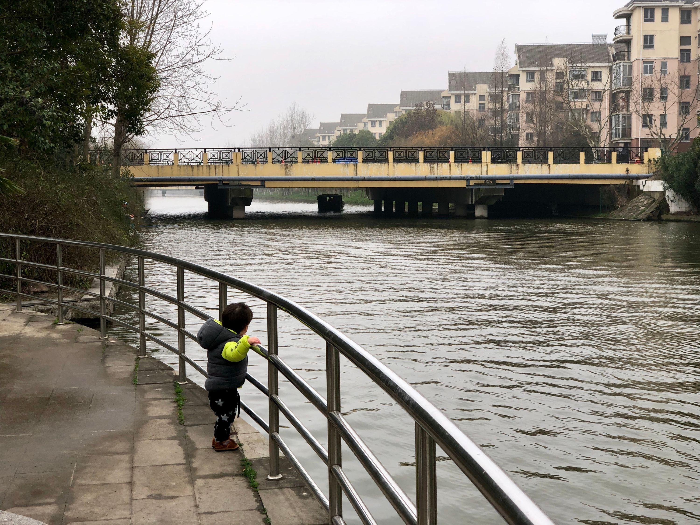 rainy morning walk - sanlin