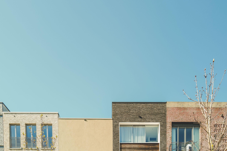 misaligned facades