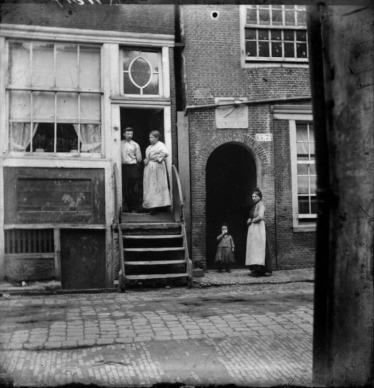 Oude Looiersstraat circa 1896