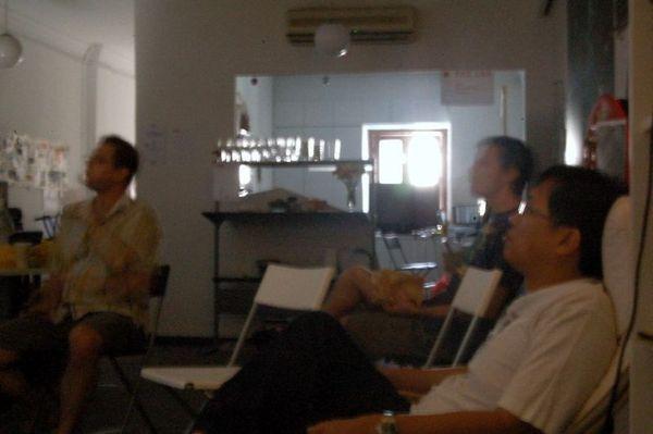 Remote presentation at travel meet