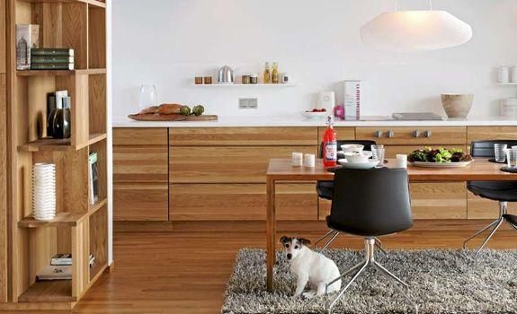A-Modern-and-Inviting-Oak-Kitchen