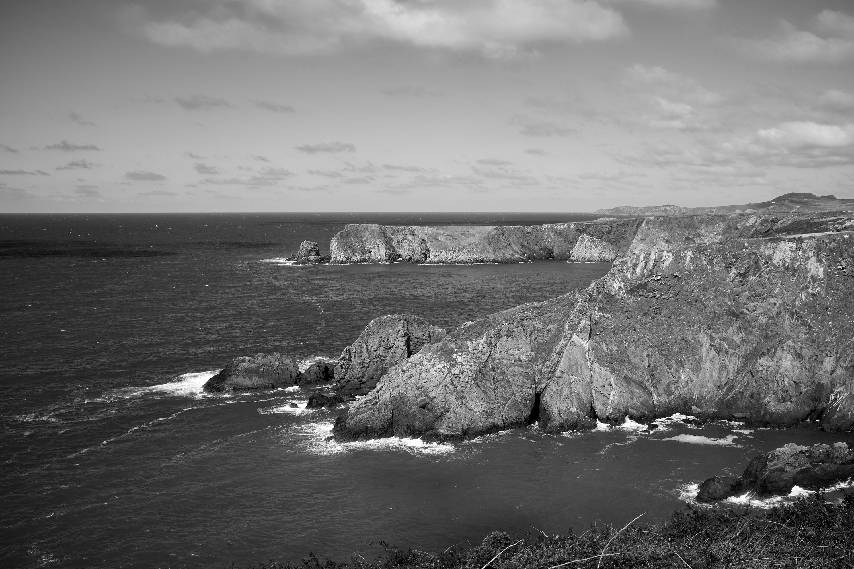 trefin to abercastle coast path