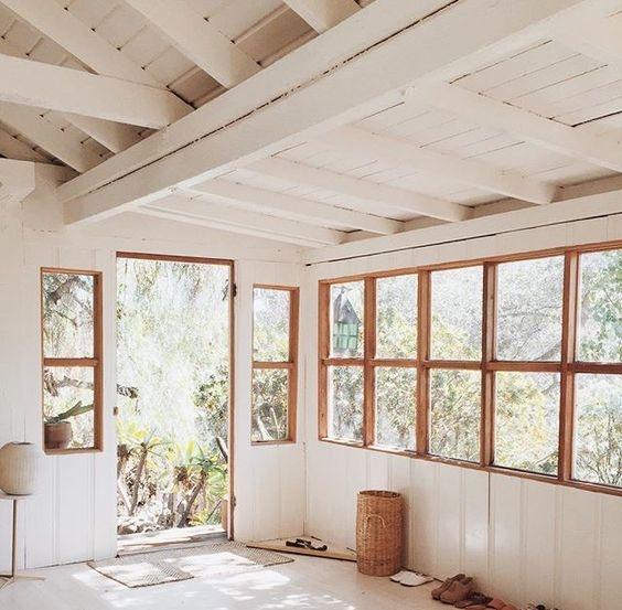 cottage [white]