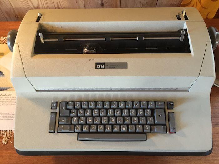 IBM 2741 APL terminal