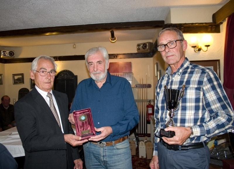 Peter Winter presenting Jim Sexton & Dave McSween of Sunderland with Best Performance of 2018 R_U trophy