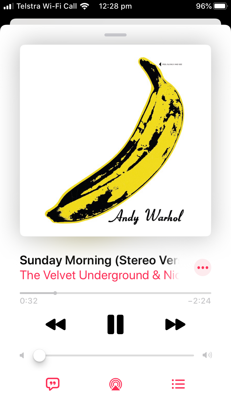 Apple Music playback screen